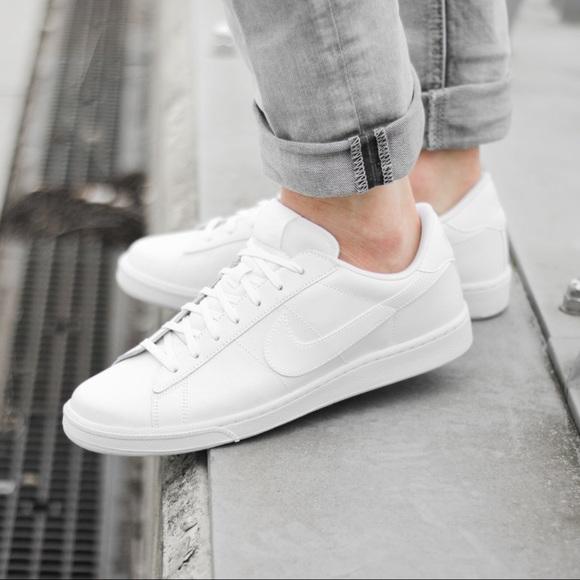 Nike Women Court Majestic White Sneaker